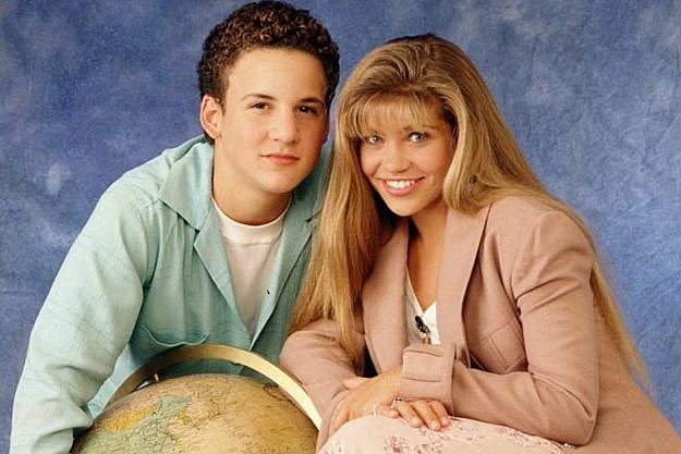 boy meets girl sequel series Ben savage, actor of both 'boy meets world' and 'girl meets world,' shared a joint cast photo of the two series in preparation for the tv reunion.