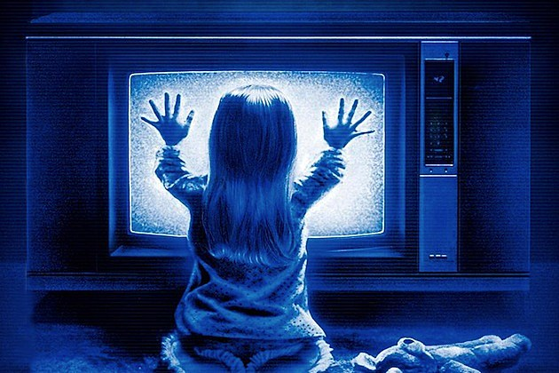 http://screencrush.com/442/files/2013/10/kid-friendly-horror-poltergeist1.jpg