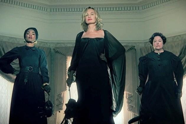 American horror story season 4 kathy bates and angela bassett to