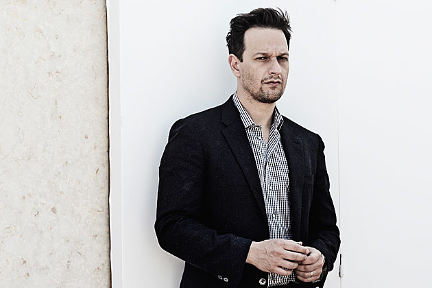 josh charles lettermanjosh charles wife, josh charles dead poets society, josh charles wiki, josh charles music, josh charles twitter, josh charles wedding, josh charles james mcavoy, josh charles julianna margulies, josh charles jimmy fallon, josh charles net worth, josh charles archie panjabi, josh charles instagram, josh charles tv series, josh charles letterman