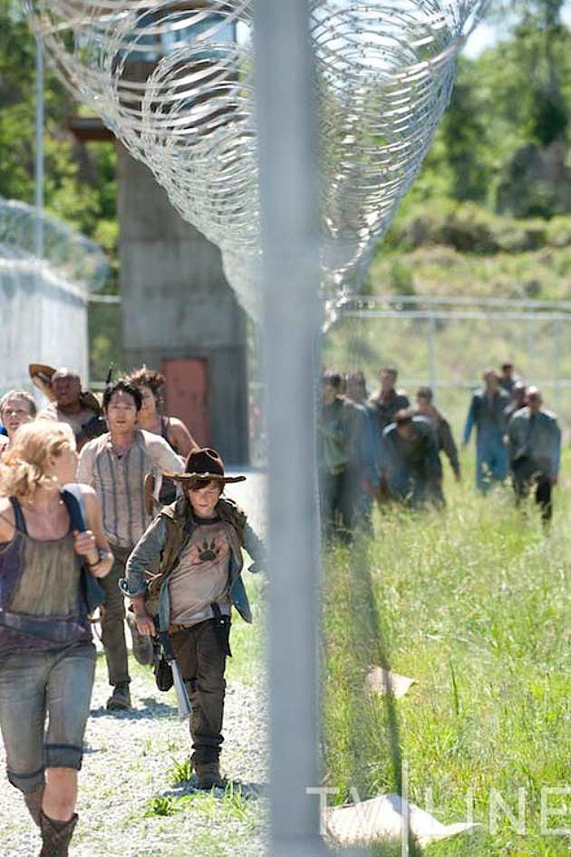 The Walking Dead Season 3 Photo Prison