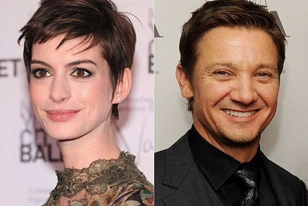 Saturday Night Live Anne Hathaway Jeremy Renner