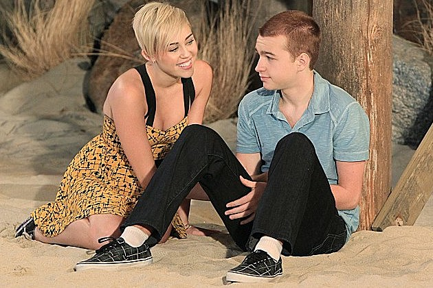 Two and a Half Men Miley Cyrus Replace Angus T Jones