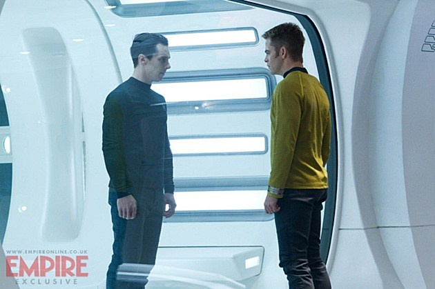 Benedict Cumberbatch, Chris Pine Star Trek Into Darkness