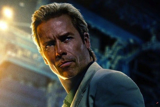 Iron Man 3 Poster Guy Pearce