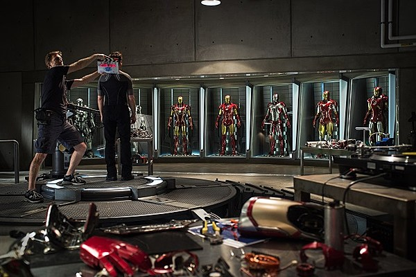 'Iron Man 3′ Shows Off More of Its New Armor Designs