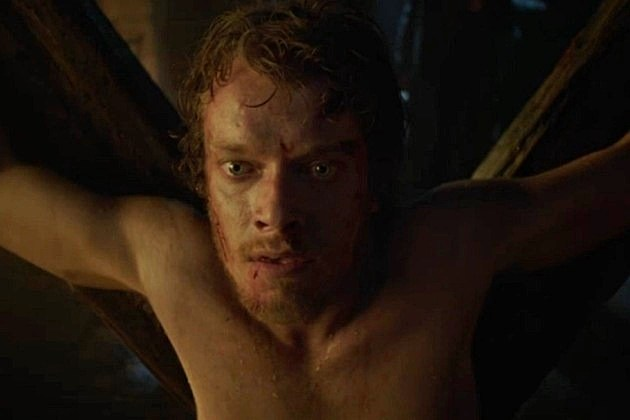 Game of Thrones Season 3 Theon Greyjoy