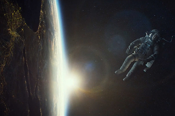 'Gravity' Trailer: George Clooney and Sandra Bullock are Lost in Space