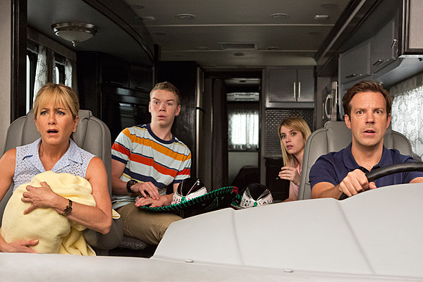 'We're The Millers' Red Band NSFW Trailer: Jennifer Aniston and Jason Sudeikis Smuggle Drugs