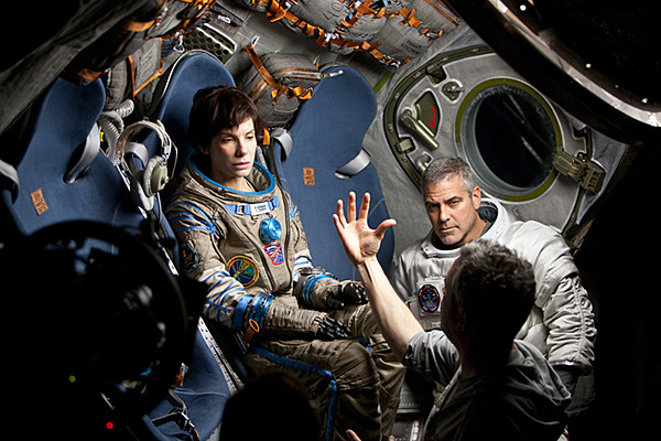 New 'Gravity' Photos Reveal Alfonso Cuaron's Stunning Work