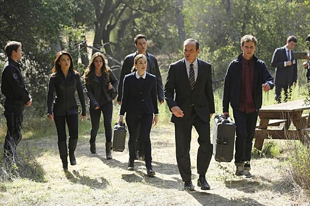 Marvel Agents of SHIELD Photos FZZT