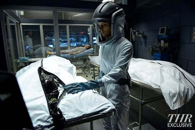 Ron Moore Syfy Helix Photos