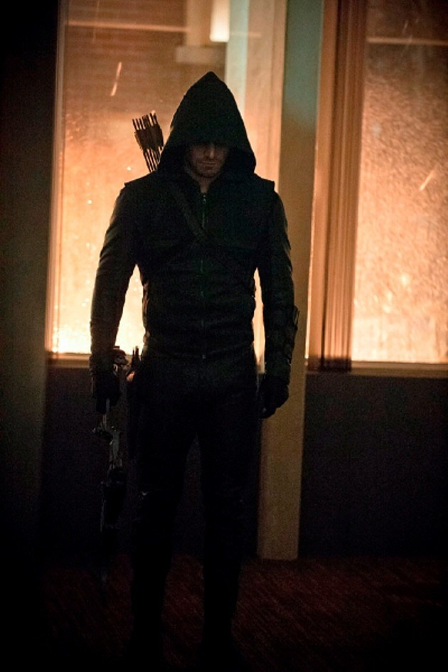 Arrow Season 2 Photos Broken Dolls
