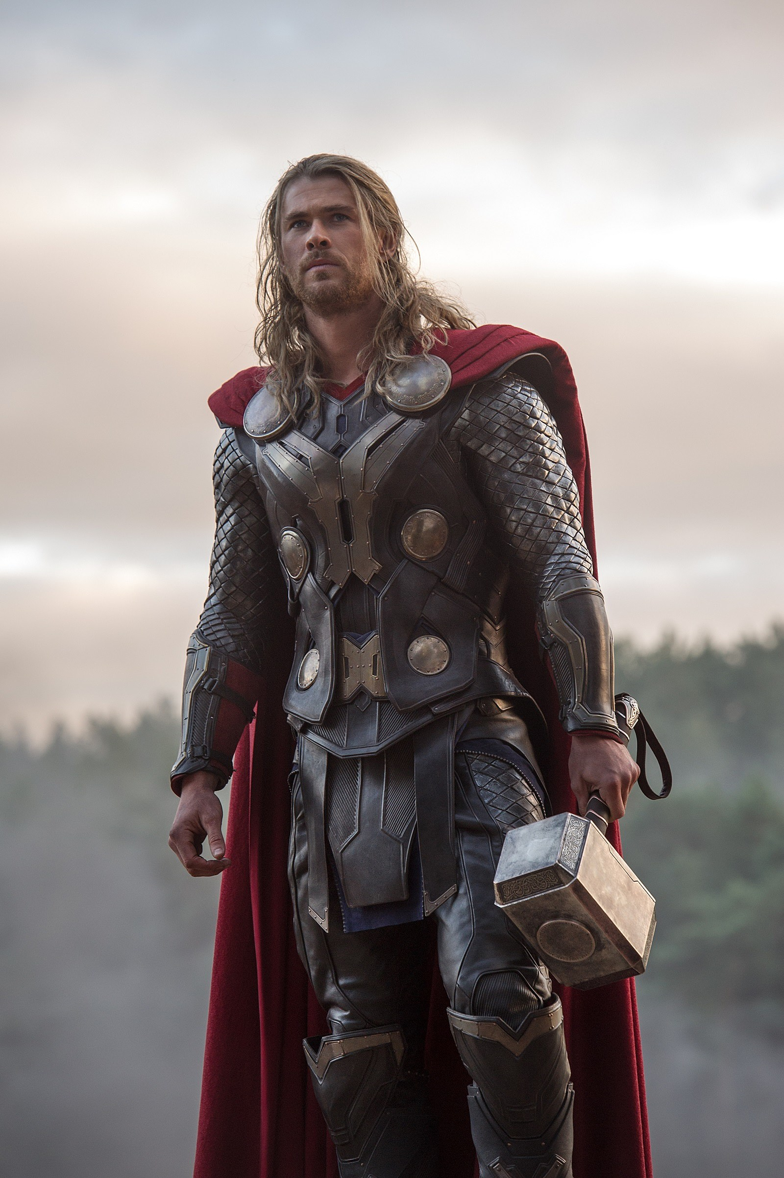 Is Chris Hemsworth The Best Action Star In The World Right ...