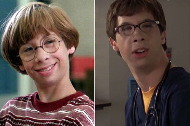 see the cast of little giants then and now - Little Kid Pictures