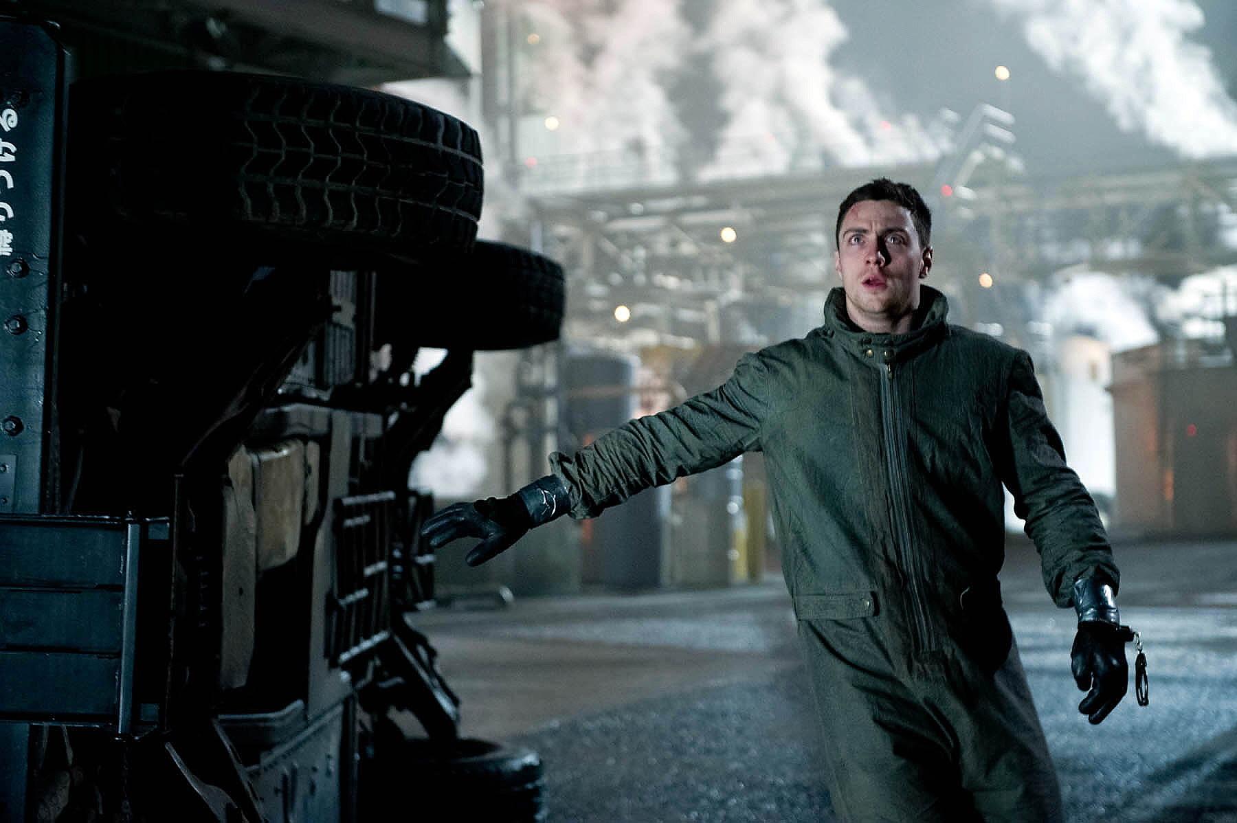 Godzilla Pics Aaron Taylor-Johnson