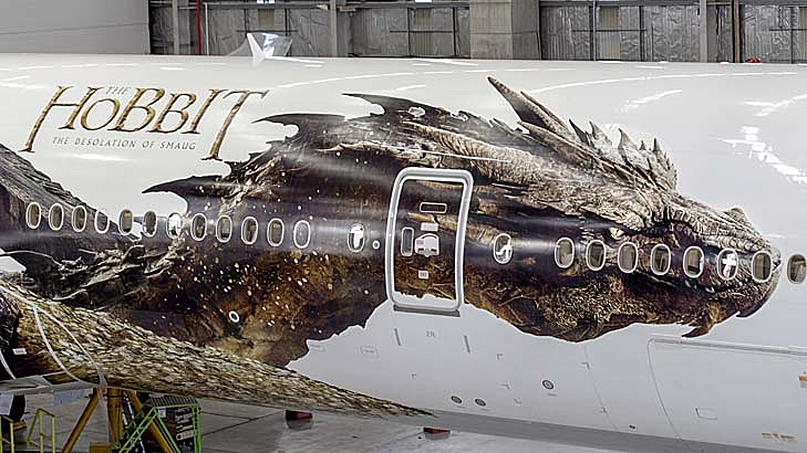 The Hobbit 2 Smaug Plane