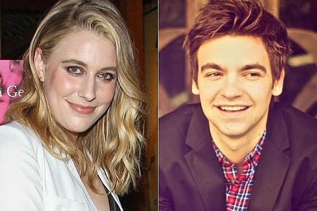 How I Met Your Mother Spinoff Dad Greta Gerwig Drew Tarver Todd