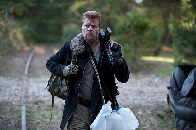 The Walking Dead Us Preview Photos Abraham