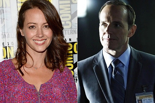 Agents of SHIELD Coulson Cellist Amy Acker Photo