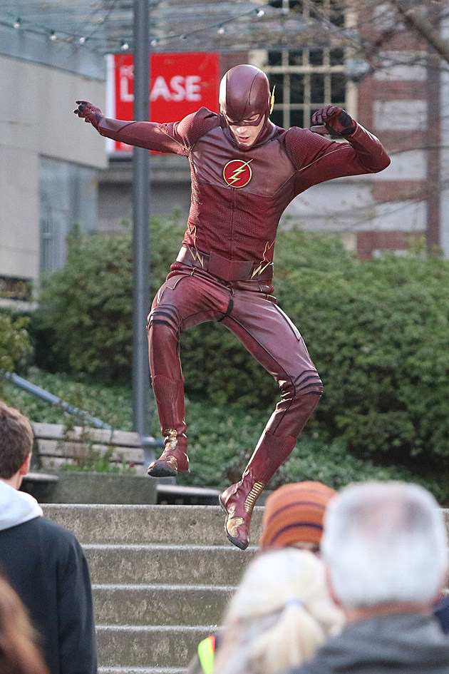 The Flash Costume Set Photos Grant Gustin