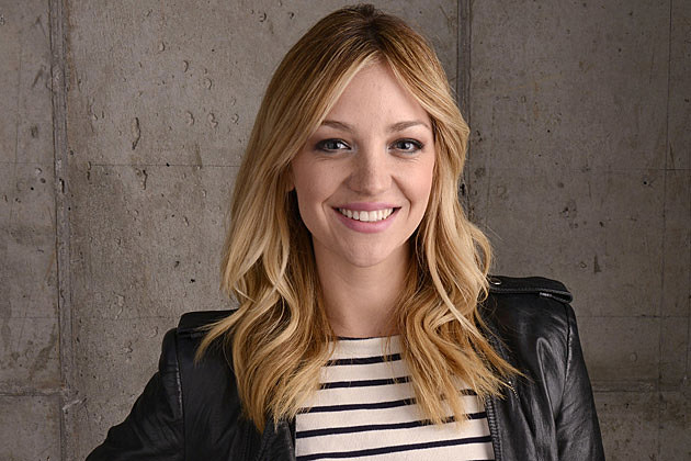 Abby elliott on the indie comedy life partners and her life