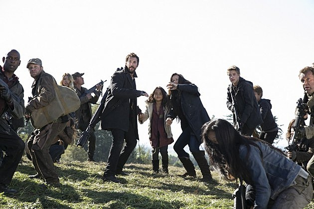 Falling Skies Season 4 Premiere Photos Ghost in the Machine