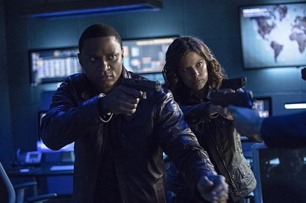 Arrow Finale Unthinkable Preview Photos