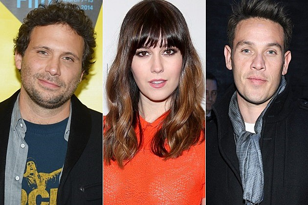 The Returned Remake AE Cast Mary Elizabeth Winstead Jeremy Sisto