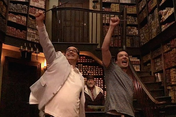 Jimmy Fallon Heads to Diagon Alley to Go Wand Shopping