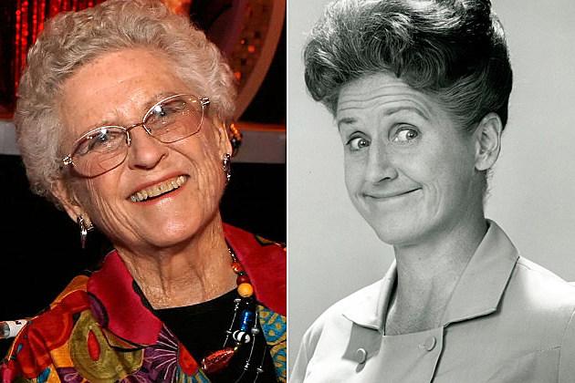 Ann B. Davis Dead