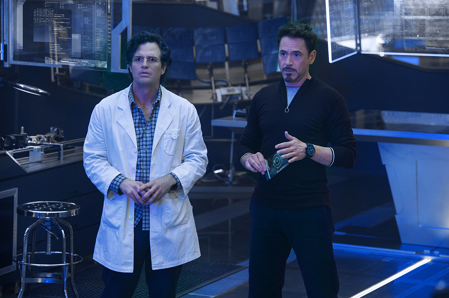 Avengers 2 Photo Mark Ruffalo Robert Downey Jr.