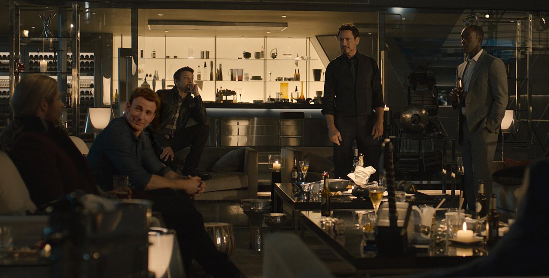 Avengers 2 Photo Party Scene