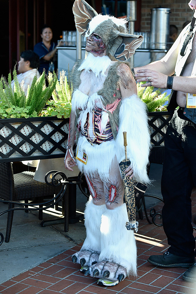 Comic-Con 2014 Cosplay Zombie Gremlin