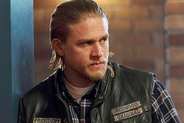 sons of anarchy season 7 new guests and quotschizophrenicquot jax