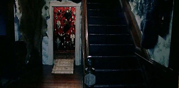 [Image: stair2.jpg]
