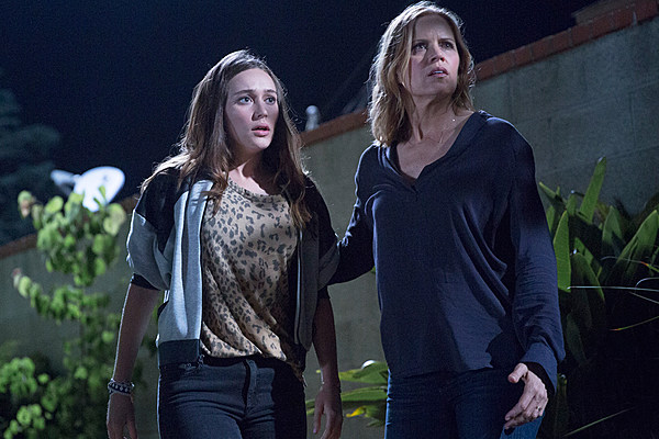 Review: 'Fear The Walking Dead' Literally Wagged 'The Dog'