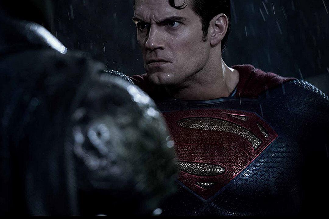 Batman vs Superman serious