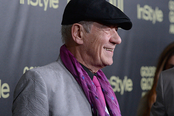 hamlet inner turmoil He telegraphs hamlet's inner turmoil compellingly and lets his natural  intelligence battle the character's emotional distress hamlet's madness.