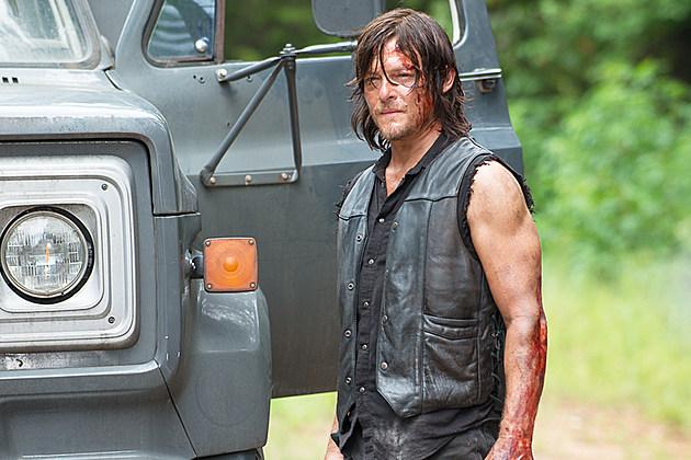 The Walking Dead No Way Out Daryl Cut