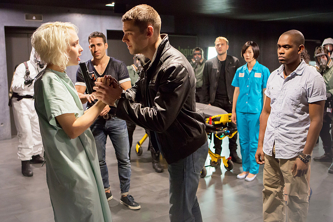 Sense8' Season 2 Eyes Christmas Special, Full Premiere 2017
