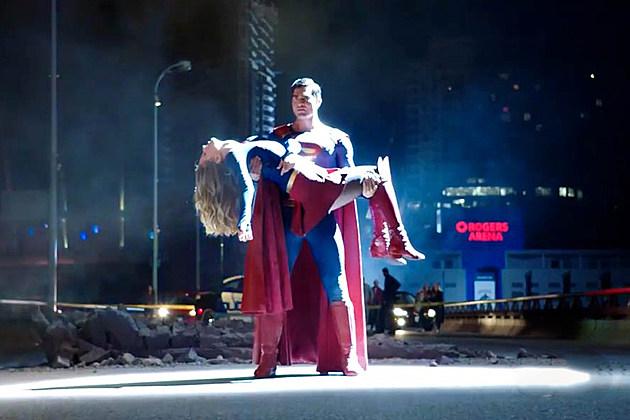 Supergirl Superman Crise Capa Spinoff