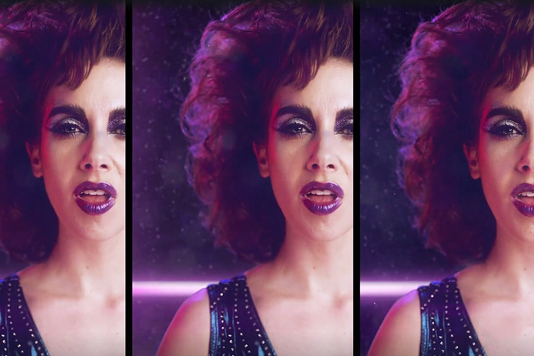 Alison Brie GLOW Teaser Posters