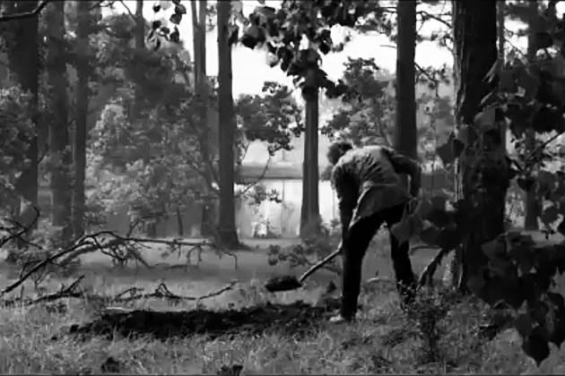Logan Noir digging grave