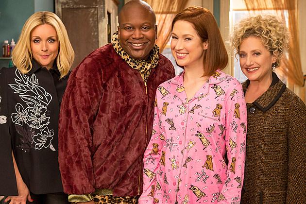 Unbreakable Kimmy Schmidt Season 4 Renewed