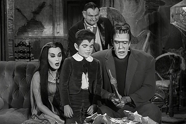 NBC Munsters Reboot Seth Meyers
