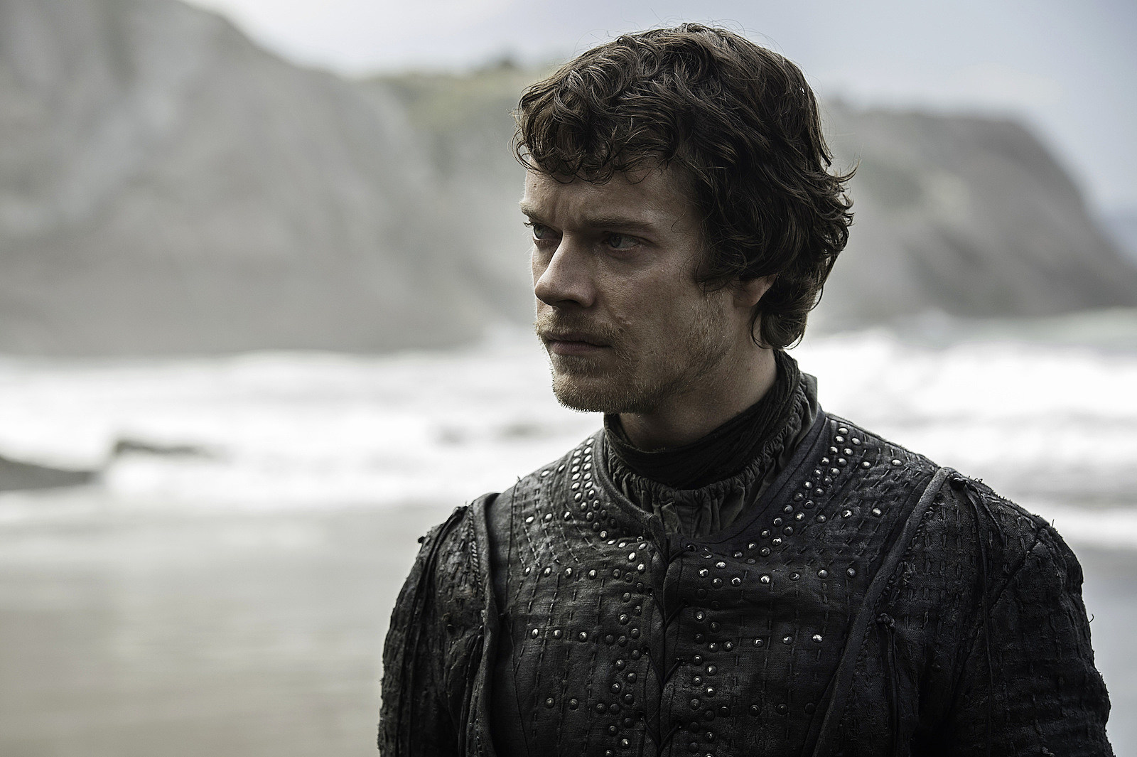 theon-game-of-thrones