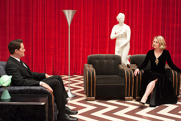 Showtime Twin Peaks Season 2 Renewed Canceled