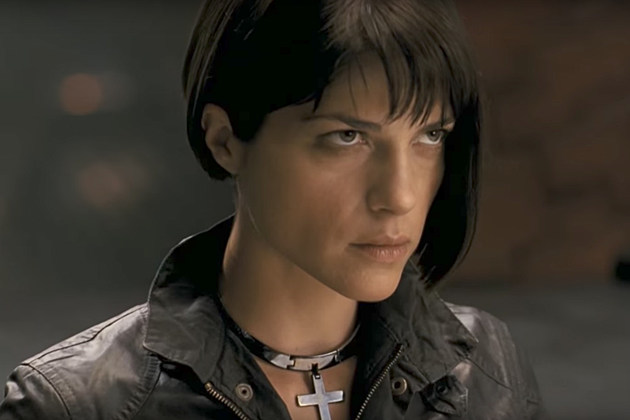 Hellboy 2 Selma Blair