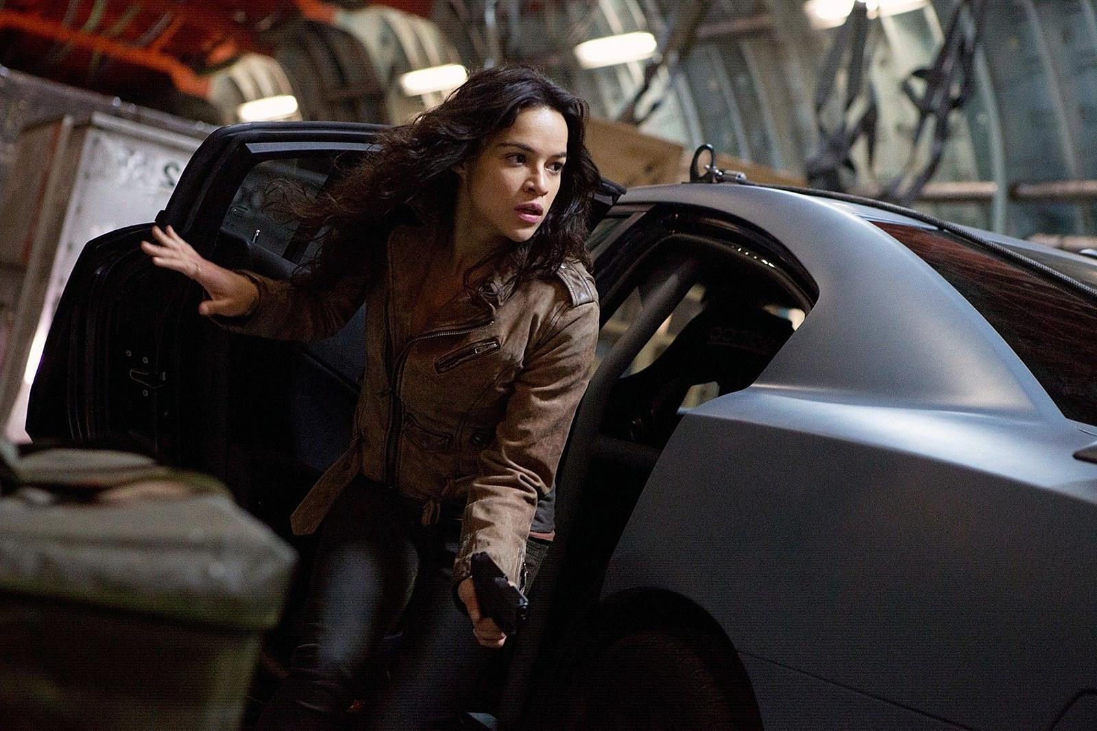 Michelle Rodriguez gun Fast and Furious